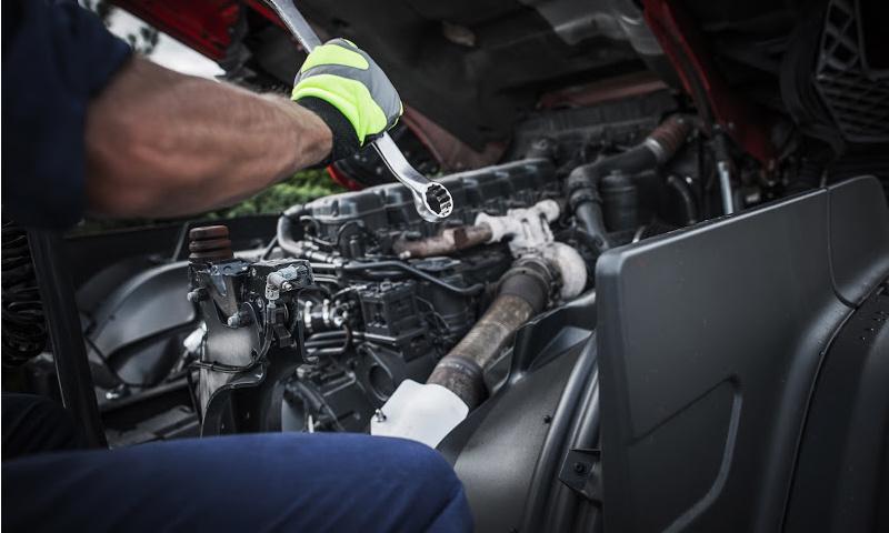truck engine repair calgary